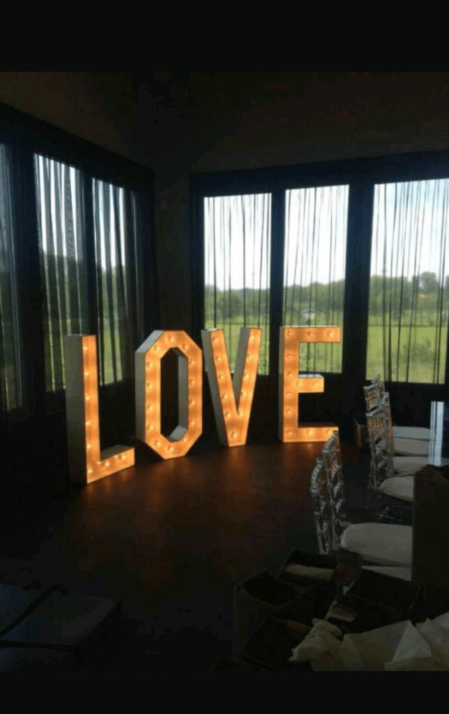 verlichte love letters groot