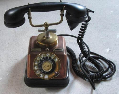 Oude telefoon 7,50